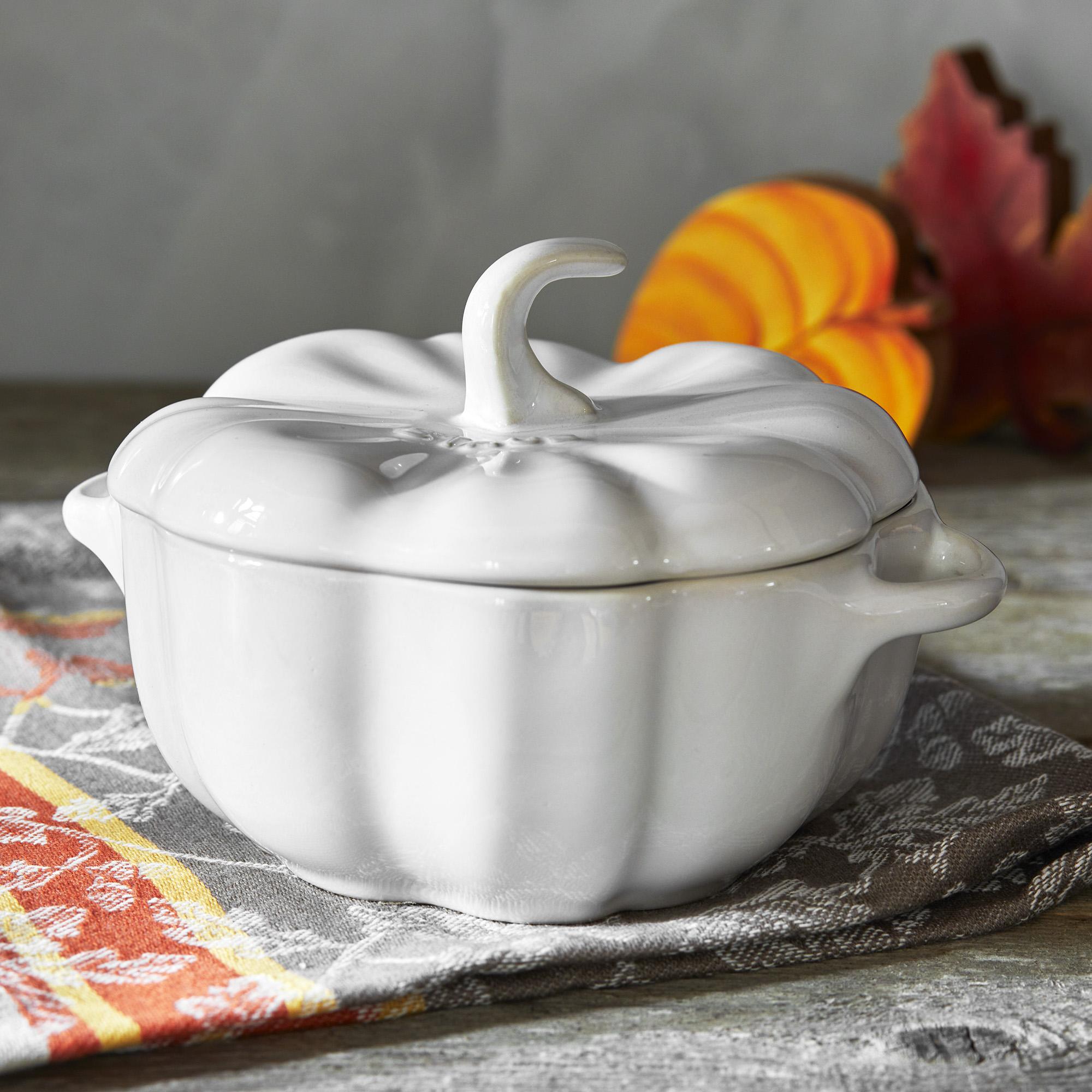 Staub-Ceramic-16-oz-Petite-Pumpkin-Cocotte thumbnail 25