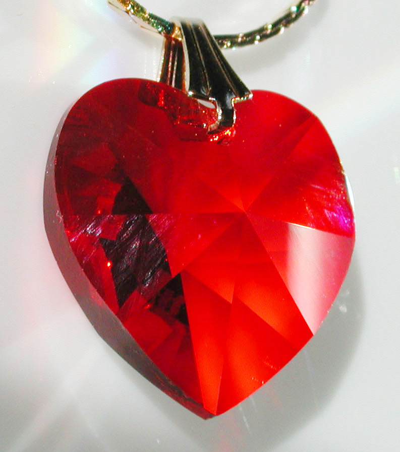 f3fbbd21d Ruby Red Swarovski Austrian Crystal 6202-18mm Lt Siam Heart 3/4