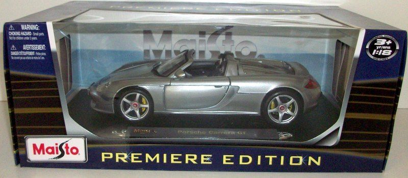 Maisto-1-18-36665-Porsche-Carrera-Gt-Plateado