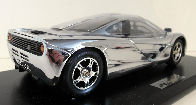 Maisto 1/18 Scale cast - GWILO McLaren F1 GTR road car Chrome ...