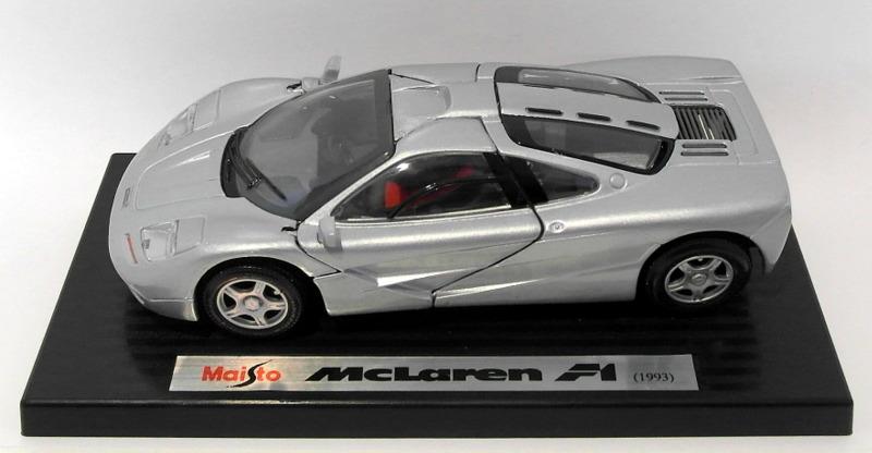 Maisto 1/24 Scale Diecast 2969 - 1993 McLaren F1 Roadcar S ...
