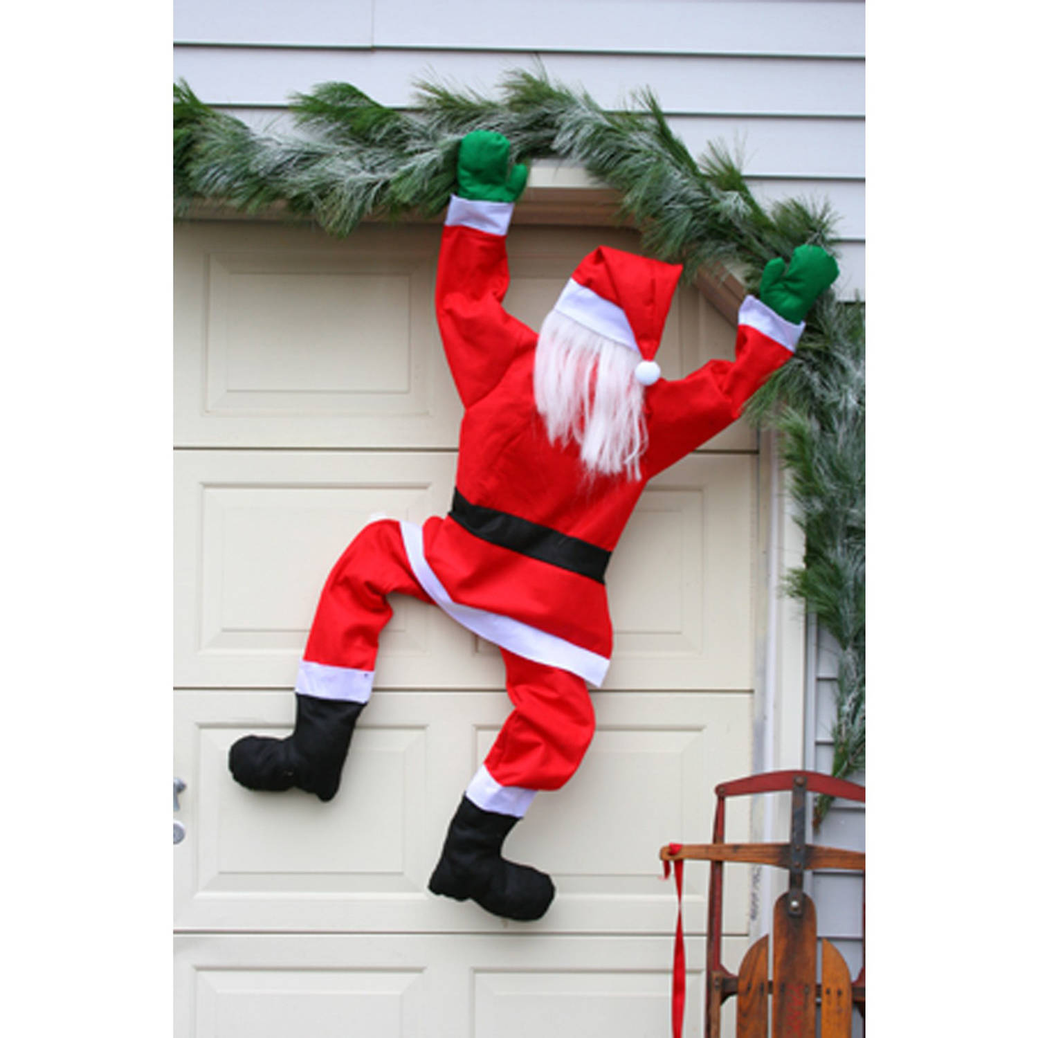 60 climbing santa hanging from gutter house chimney for Asas interhome decoration