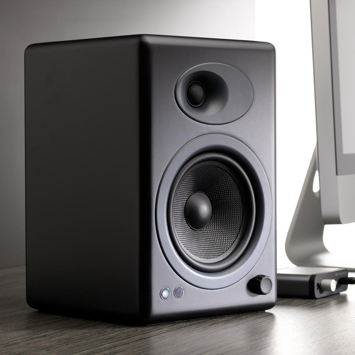 Audioengine-A5-Classic-Powered-Bookshelf-Speakers-Pair thumbnail 8