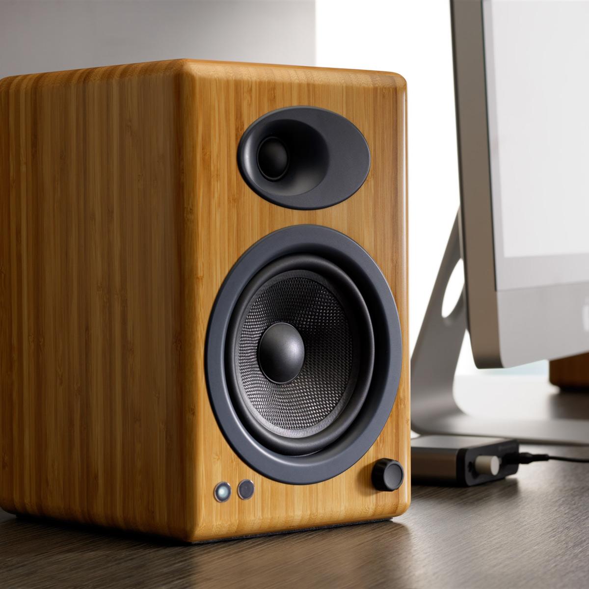Audioengine-A5-Classic-Powered-Bookshelf-Speakers-Pair thumbnail 5