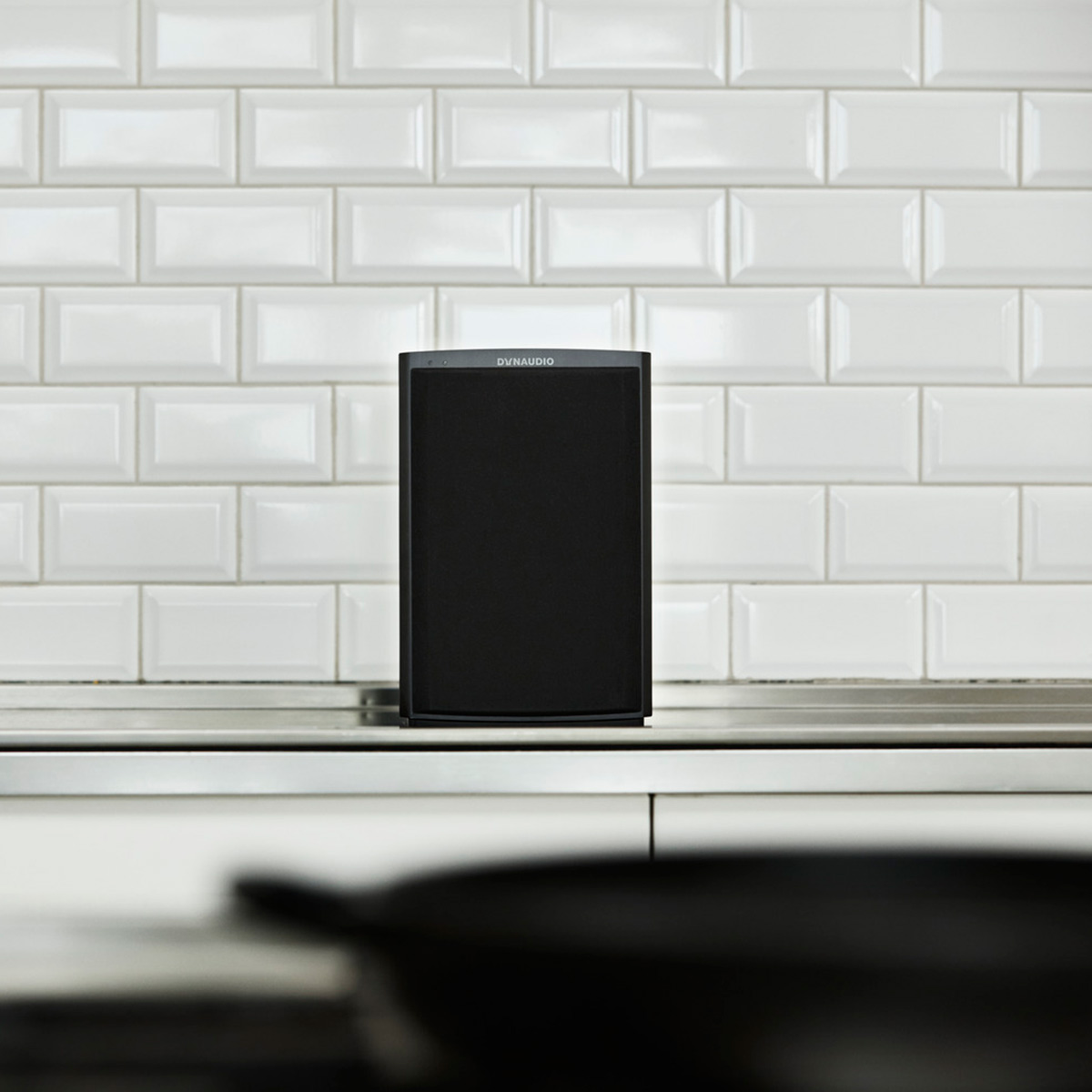 Dynaudio-Xeo-2-Wireless-Bookshelf-Speakers-Pair thumbnail 24