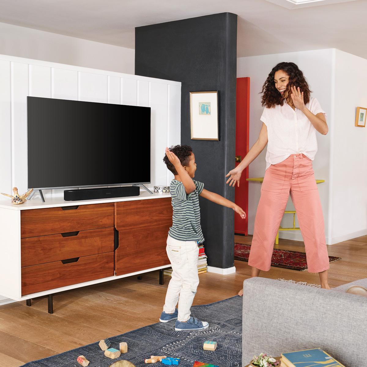 Sonos-Beam-Compact-Smart-Sound-Bar-with-Voice-Control thumbnail 23