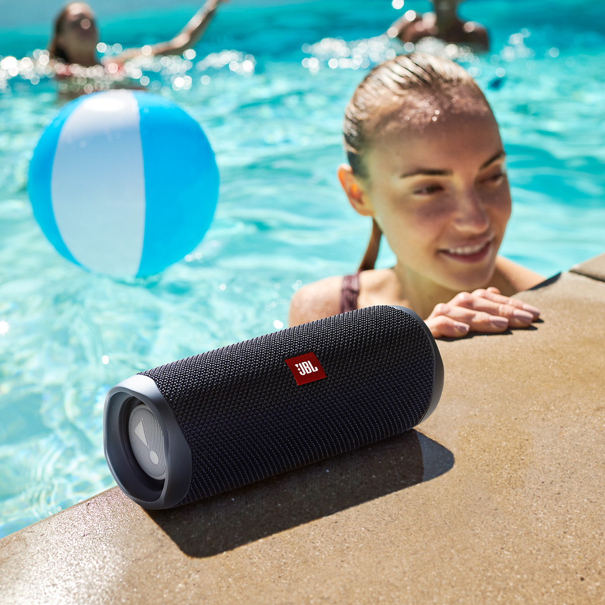 JBL-Flip-5-Portable-Waterproof-Bluetooth-Speaker thumbnail 6