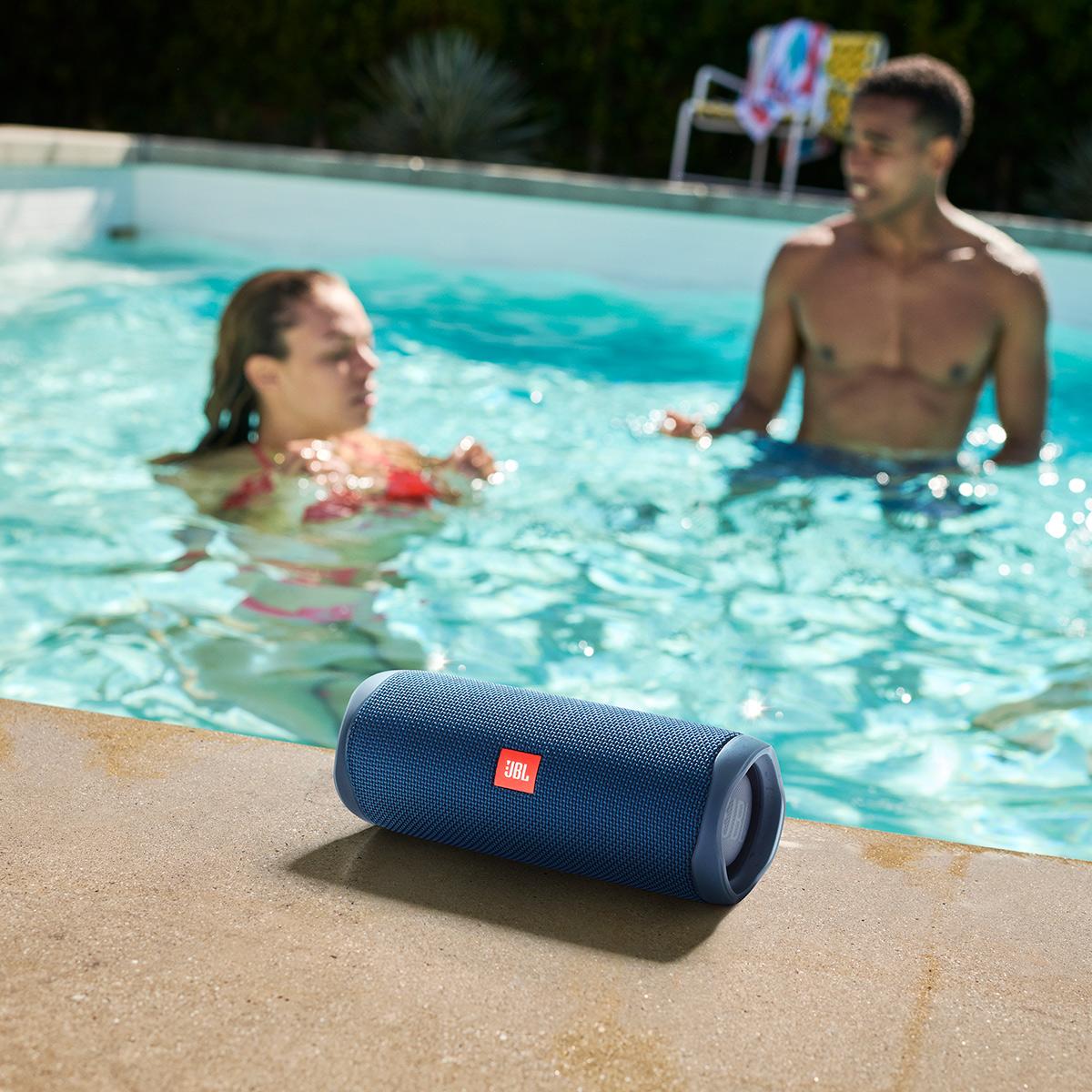 JBL-Flip-5-Portable-Waterproof-Bluetooth-Speaker thumbnail 11