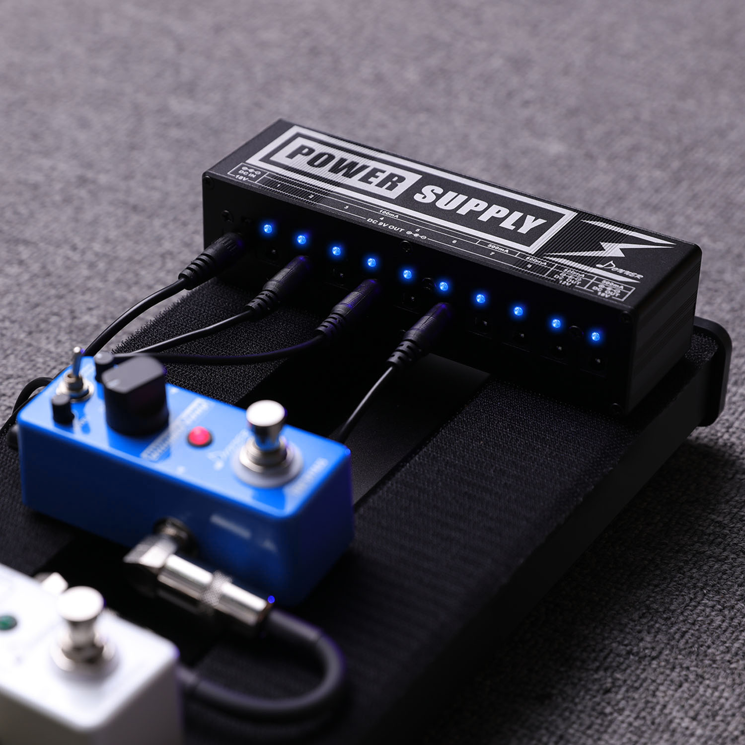 donner pedal 10 isolated output 9v 12v mini guitar effects power supply ebay. Black Bedroom Furniture Sets. Home Design Ideas