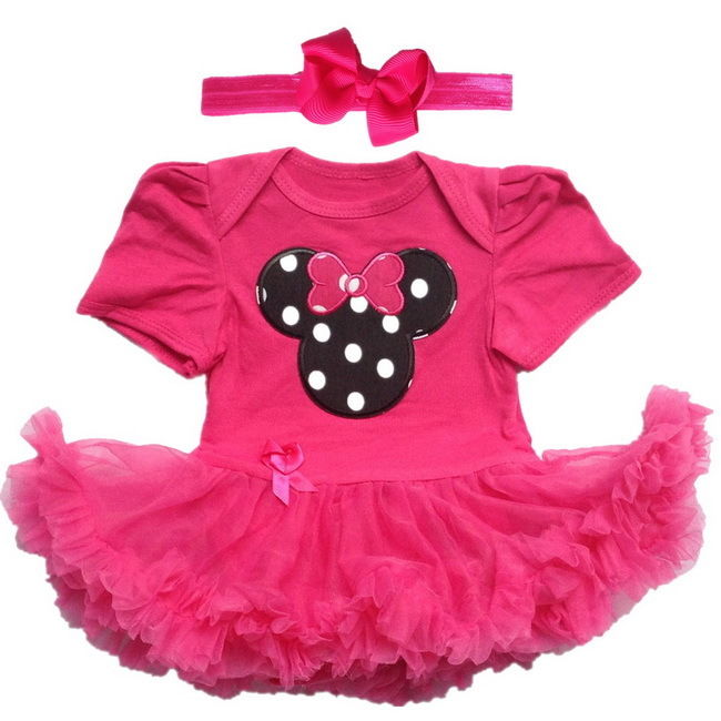 Minnie Mouse Baby Outfits. She'll have animated appeal in Minnie Mouse Baby Clothing from Kohl's! Our selection of Minnie Mouse Baby Outfits features her favorite Disney character on many different styles and types of apparel.