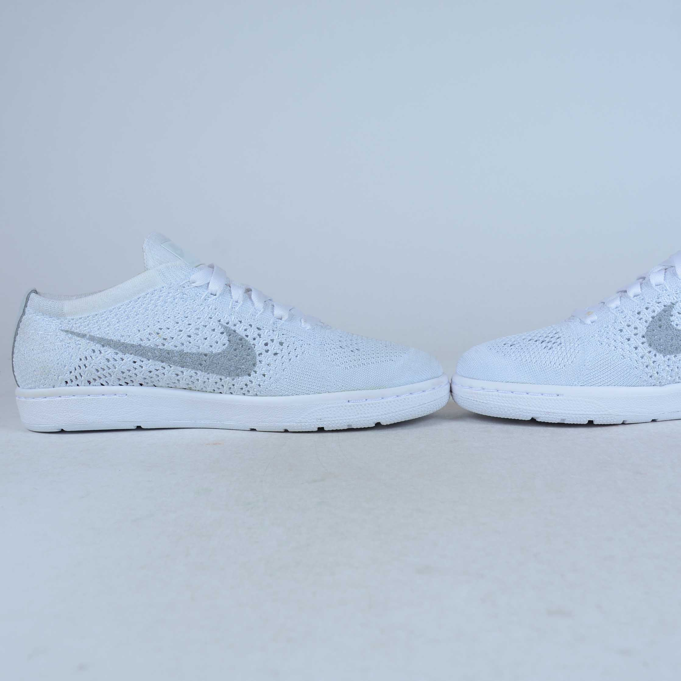 ... promo code bee31 8153e ... special for shoe cc7d3 2f950 NIKE WOMENS  TENNIS CLASSIC ... e12801263