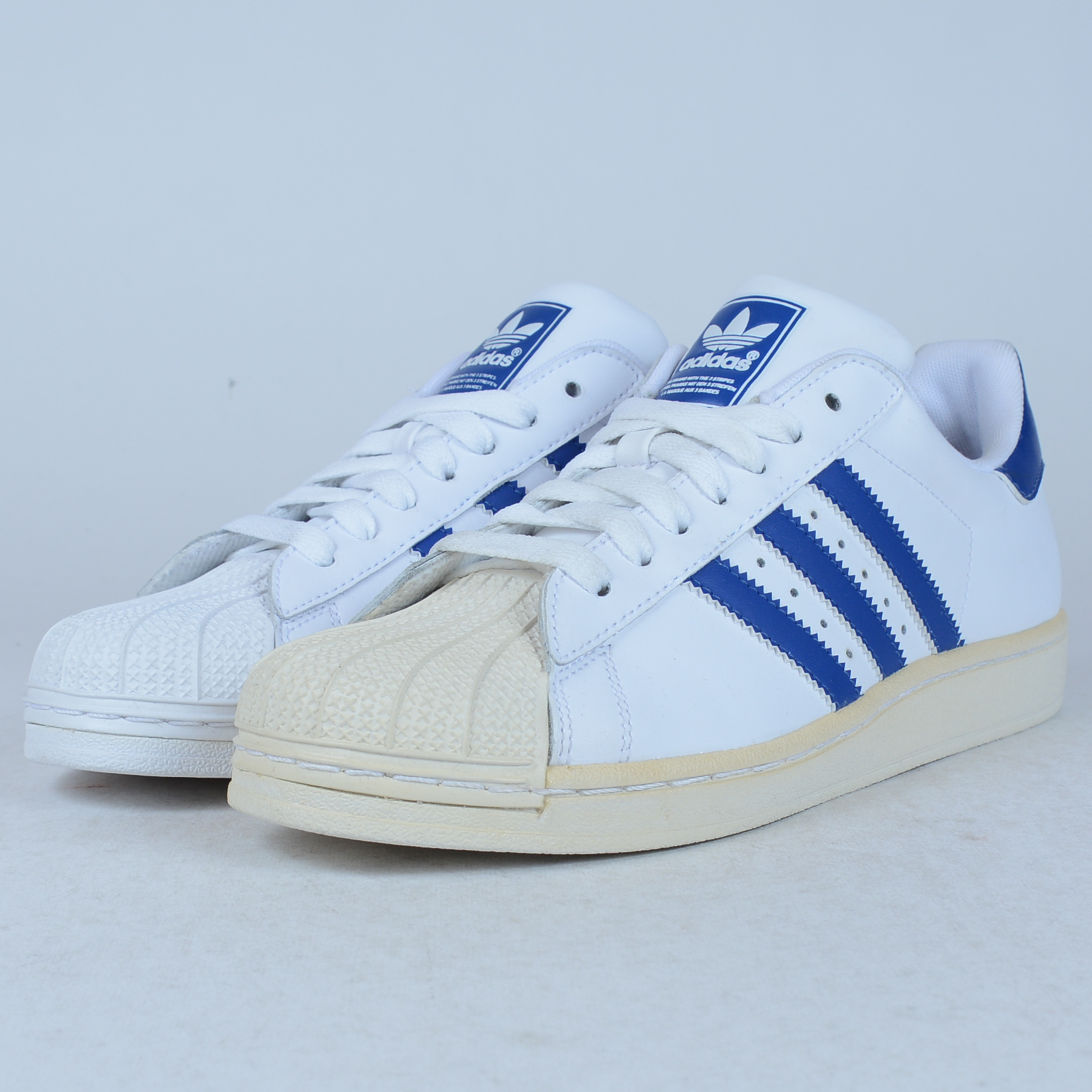 ADIDAS SUPERSTAR J WHITE ROYAL BLUE SIZE 6 BOYS G21192 DEFECT DISPLAY