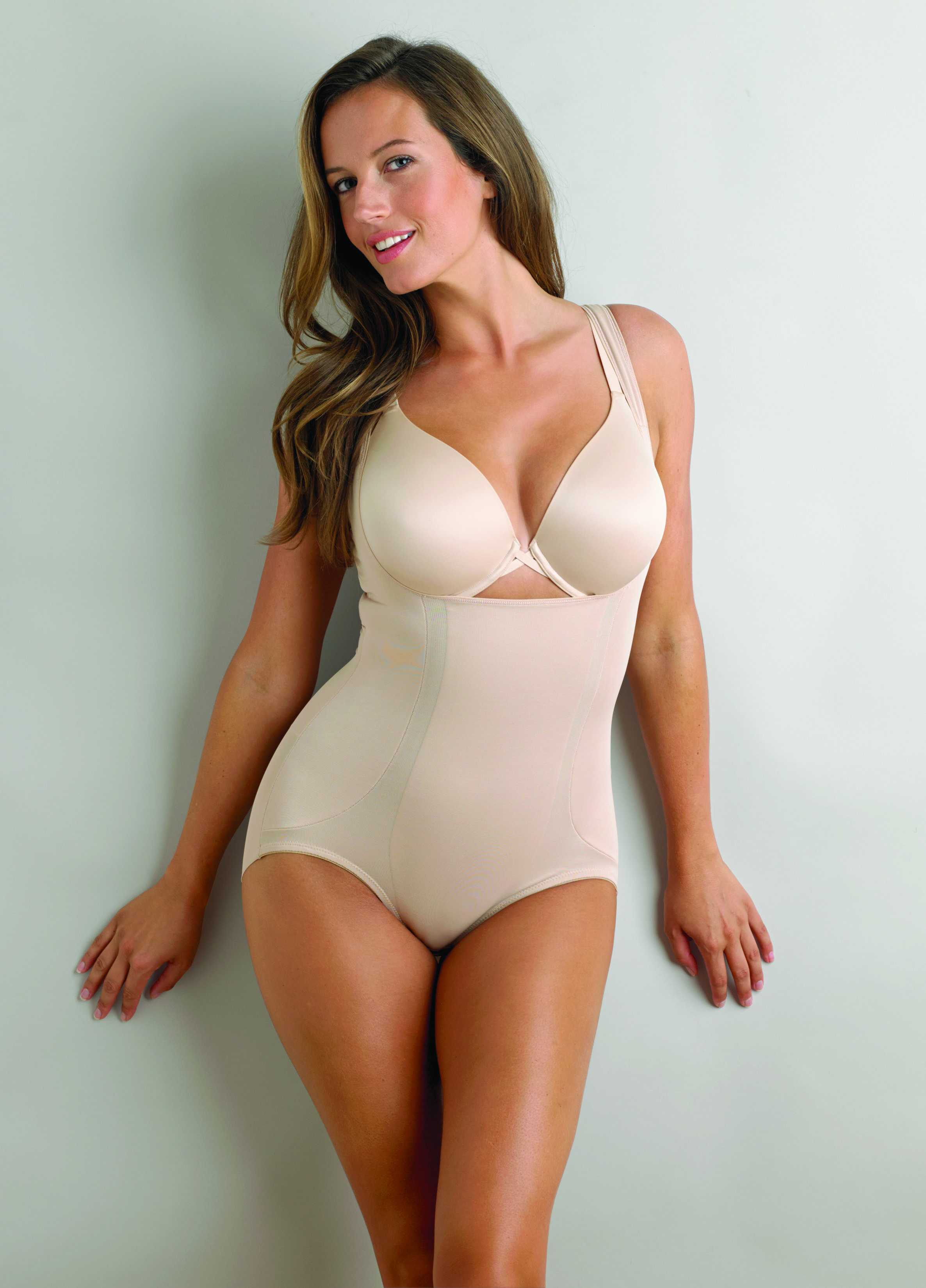 Miraclesuit Shape Away Back Magic Torsette Bodybriefer; Picture 2 of 4;  Picture 3 of 4; Picture 4 of 4