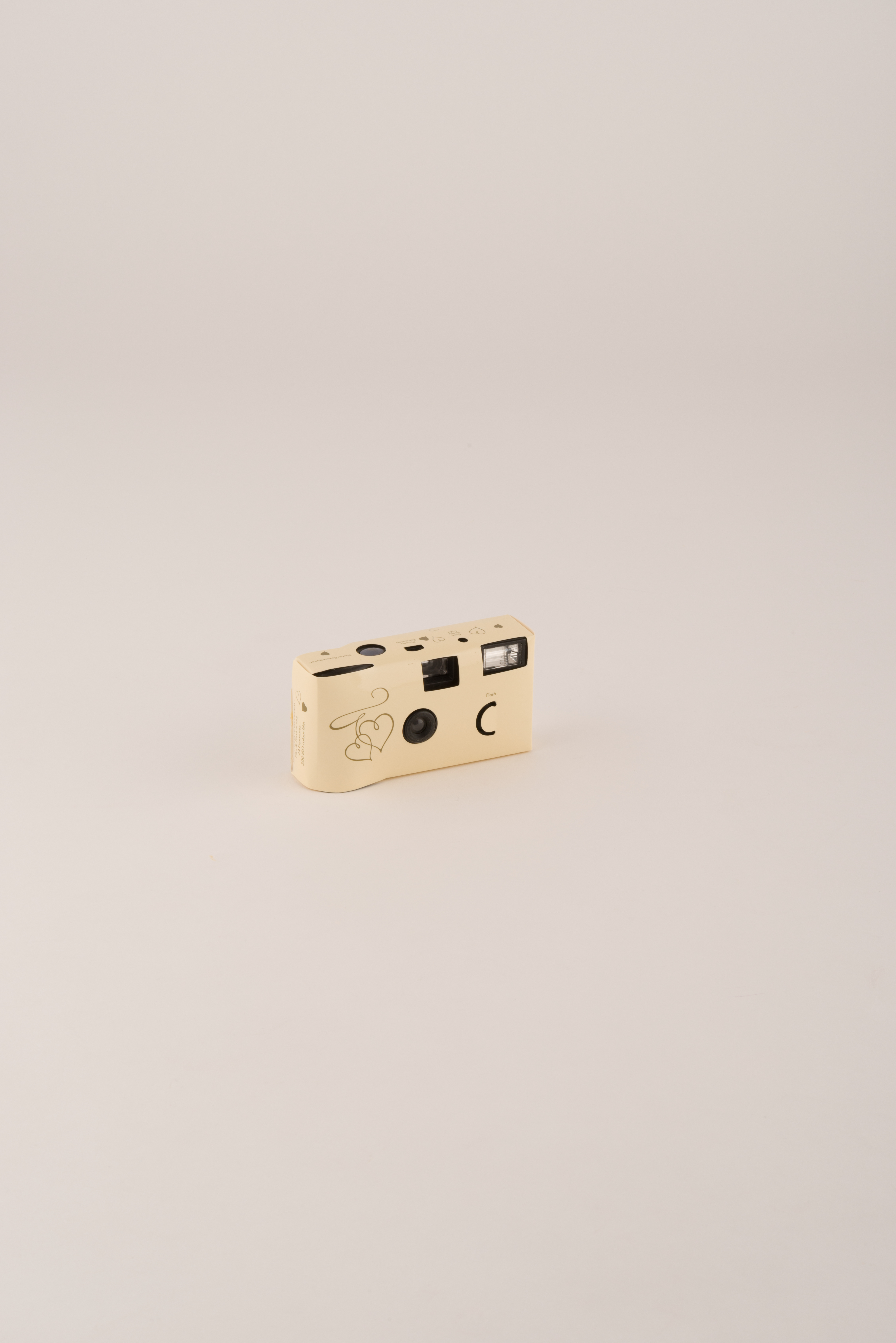Disposable-Camera-with-Flash-10-Pack-Ivory-and-Gold-Hearts-Party-Gift