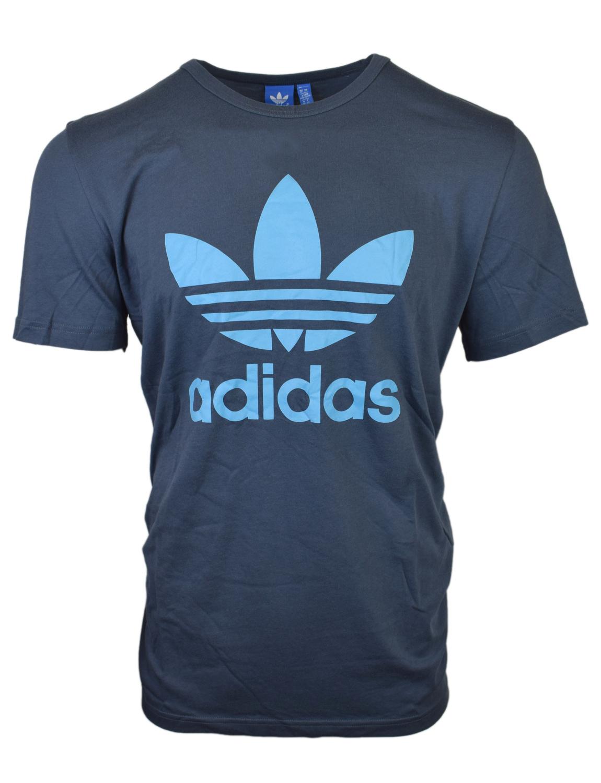 Frais, design minimaliste est l épine dorsale de ce t-shirt homme. En tissu  climalite sueur de balayage, il est coupé pour un ajustement très long et a  une ... 926aca4d4778