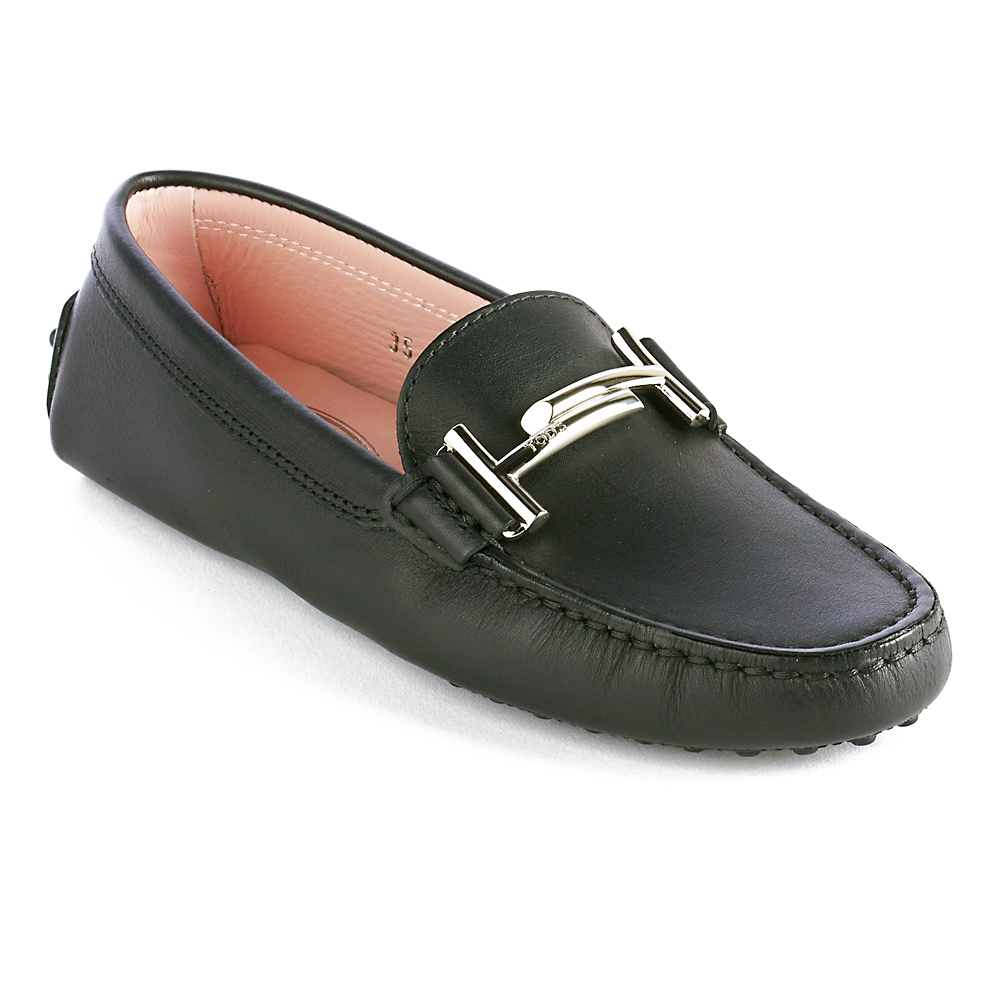 Tod's Superior Quality and Design-Leather upper-Leather interior-Rubber outsole with embossed pebbles-Made in Italy