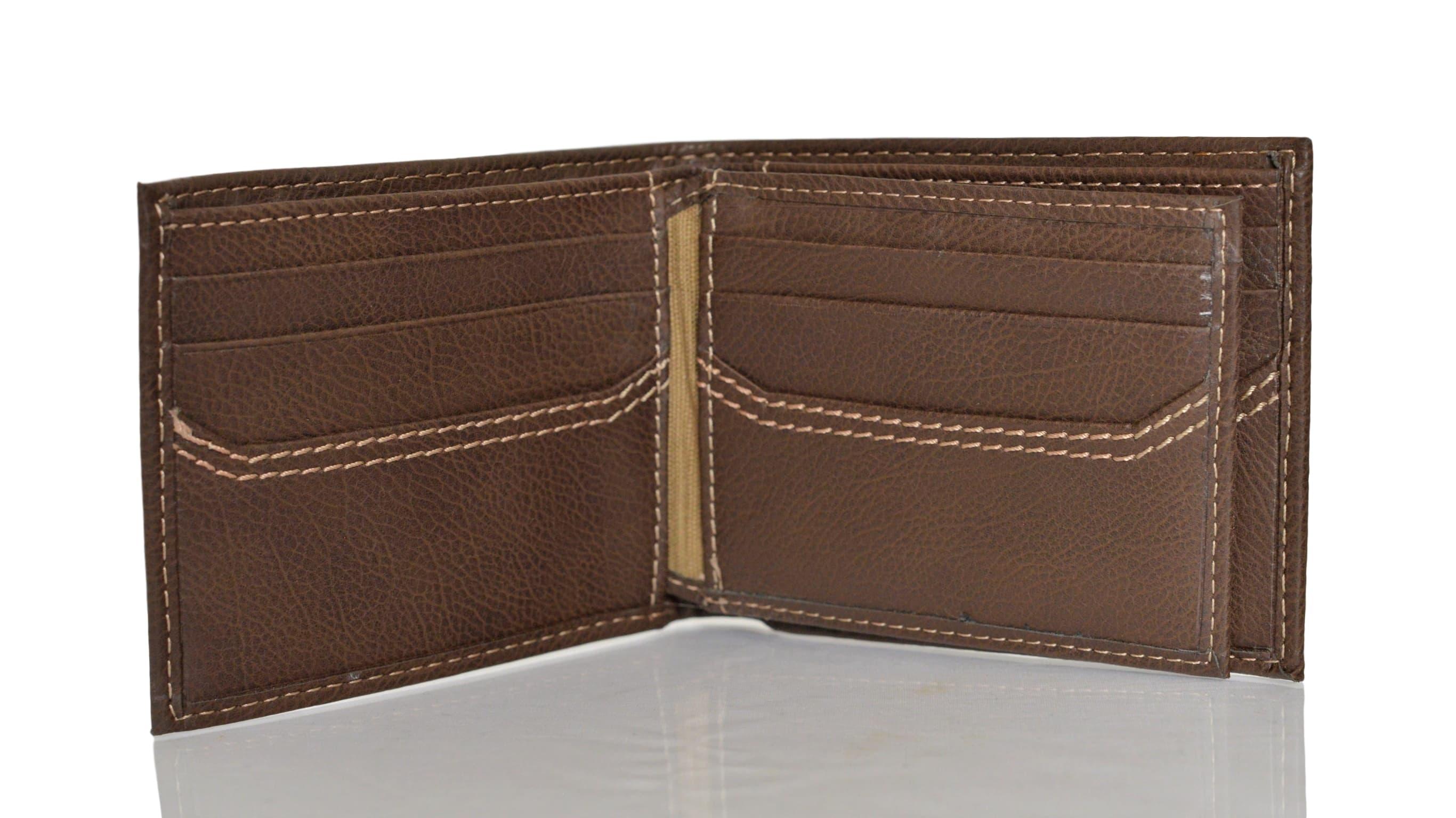 Levi-039-s-X-Capacity-Slim-Men-039-s-Bifold-Leather-Wallet thumbnail 13