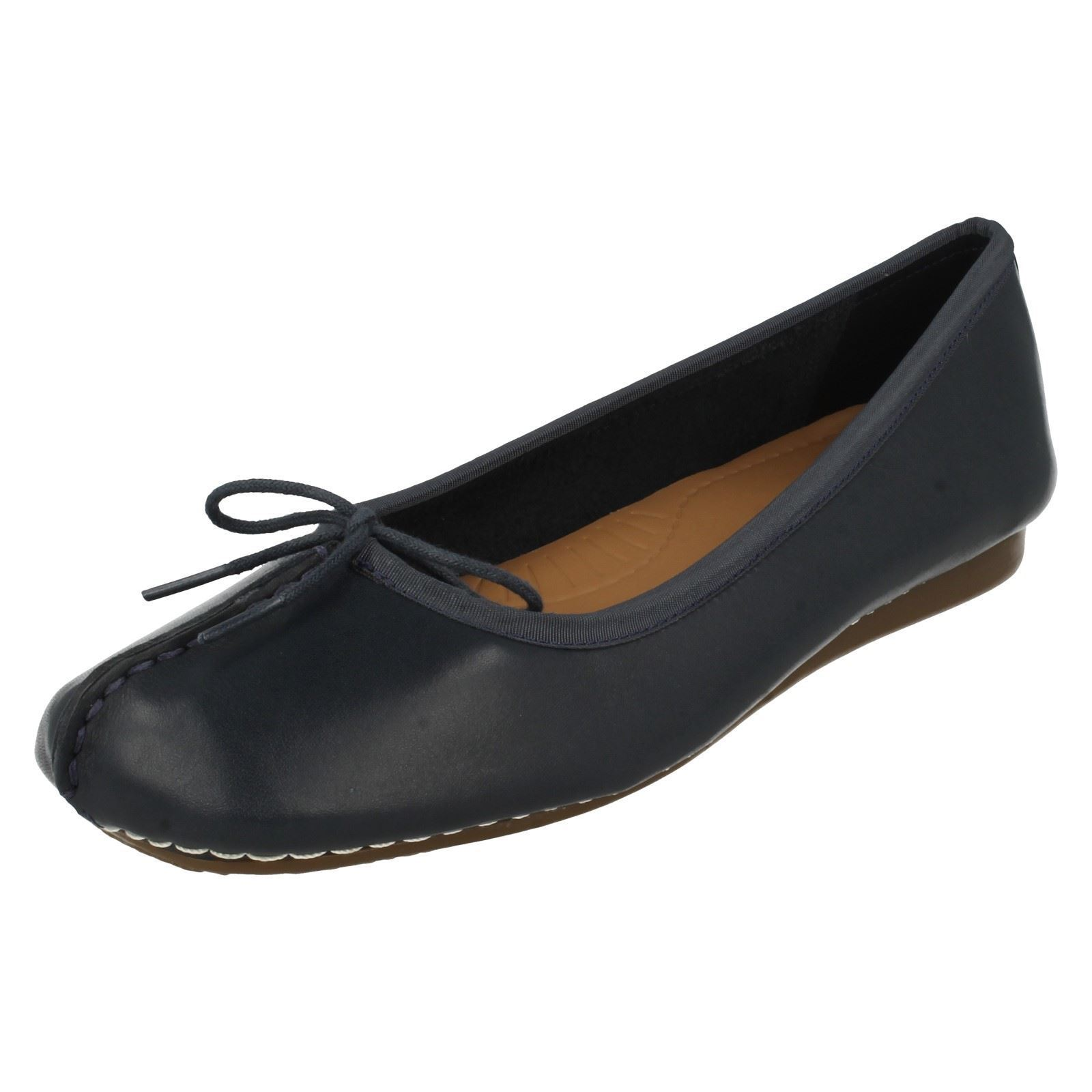 Clarks E Fitting Shoes