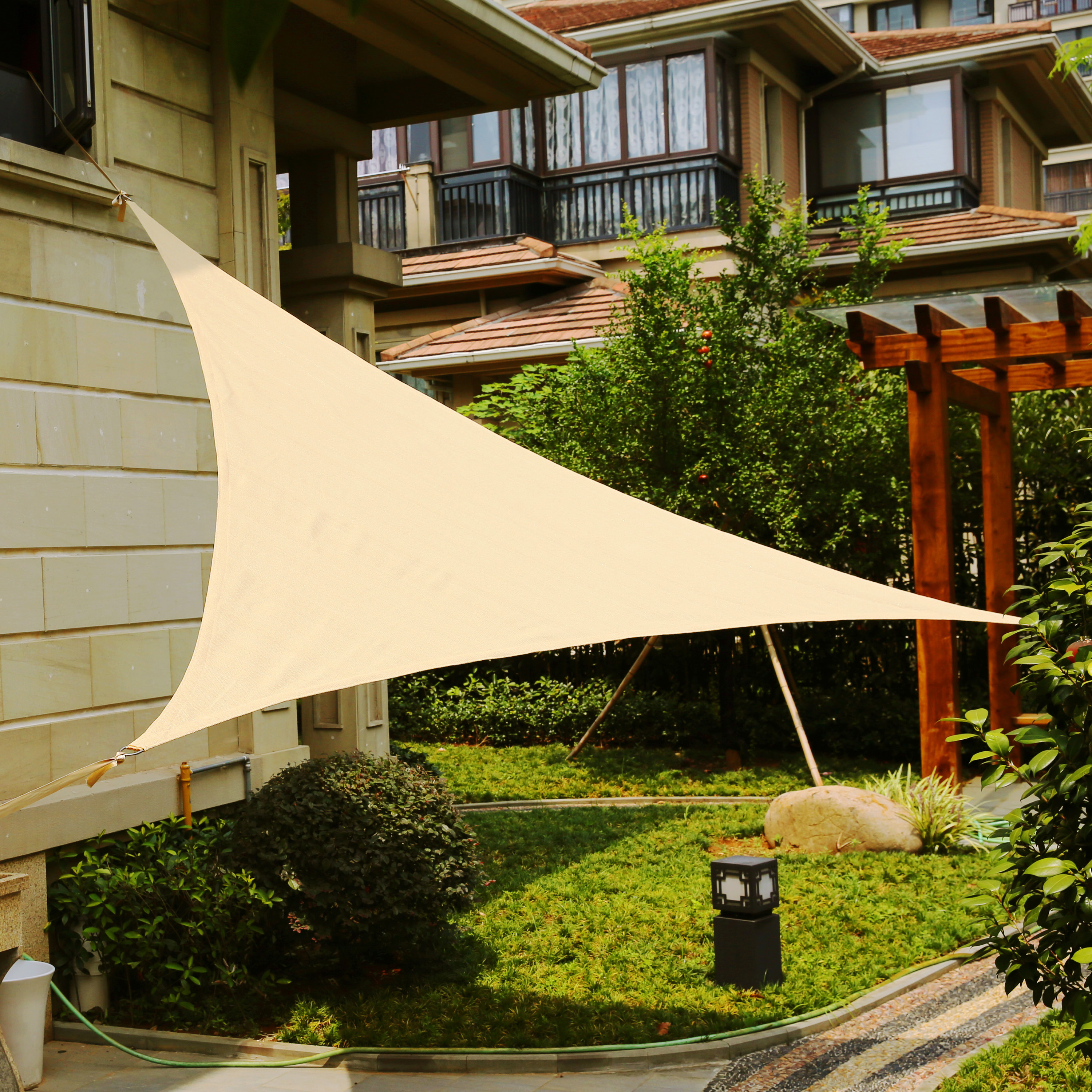 lyshade 12 39 triangle sun shade sail canopy uv block patio lawn outdoor ebay. Black Bedroom Furniture Sets. Home Design Ideas