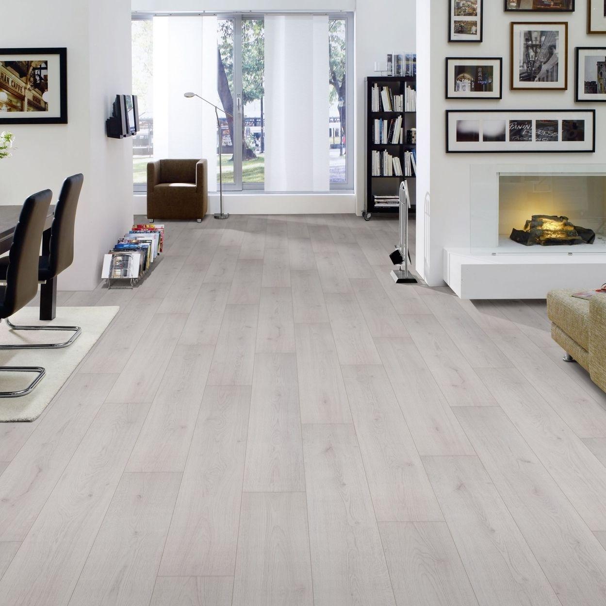 hori klick laminat ambiente eiche family mit fase landhausdiele d mmung leisten ebay. Black Bedroom Furniture Sets. Home Design Ideas