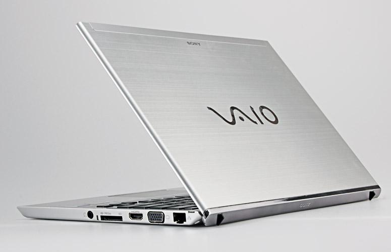 SONY SVT131A11L Core i3-3217U 1.80 GHz 4 GB 500 GB Windows 10 Professional 64-B