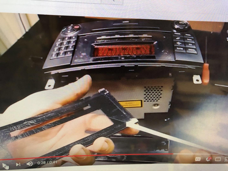 Radio CD Player Display Screen Repair Kit For Mercedes Benz CLK350 CLK550 E002