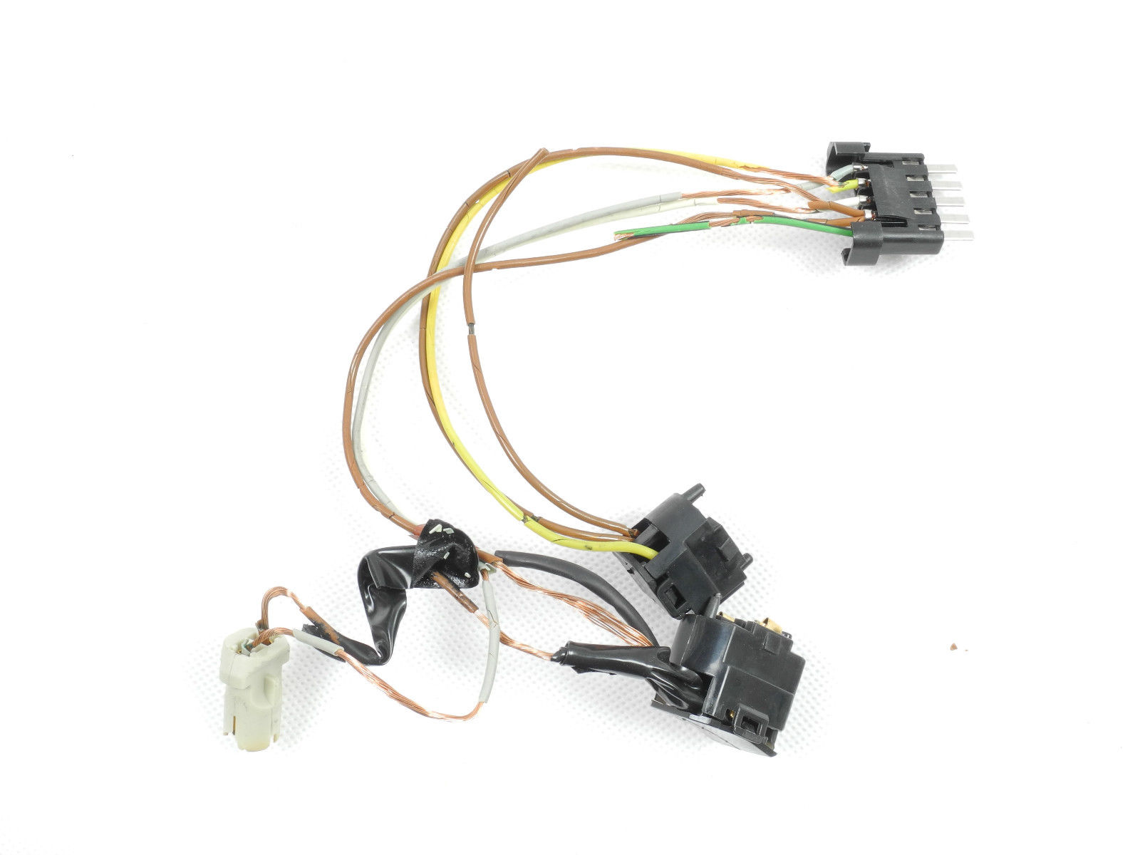 for mercedes c350 c280 c32amg c240 headlight wire harness connector rh ebay com 2002 mercedes e320 headlight wiring harness mercedes 380sl headlight wiring schematic