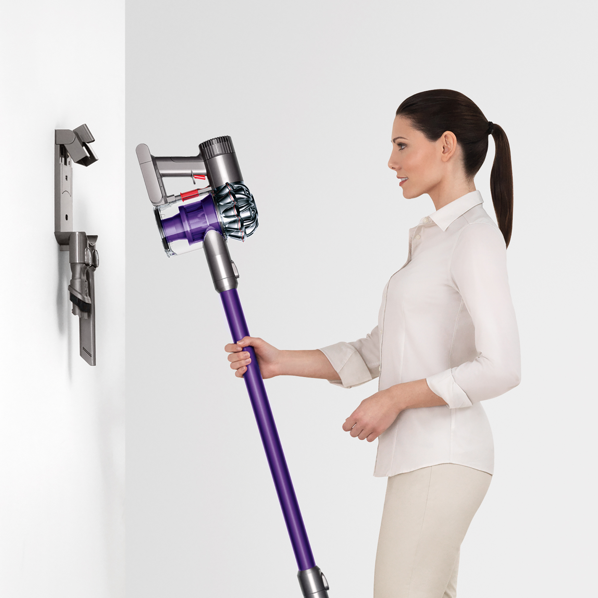 Dyson-V6-Animal-Cordless-Vacuum-Refurbished thumbnail 6