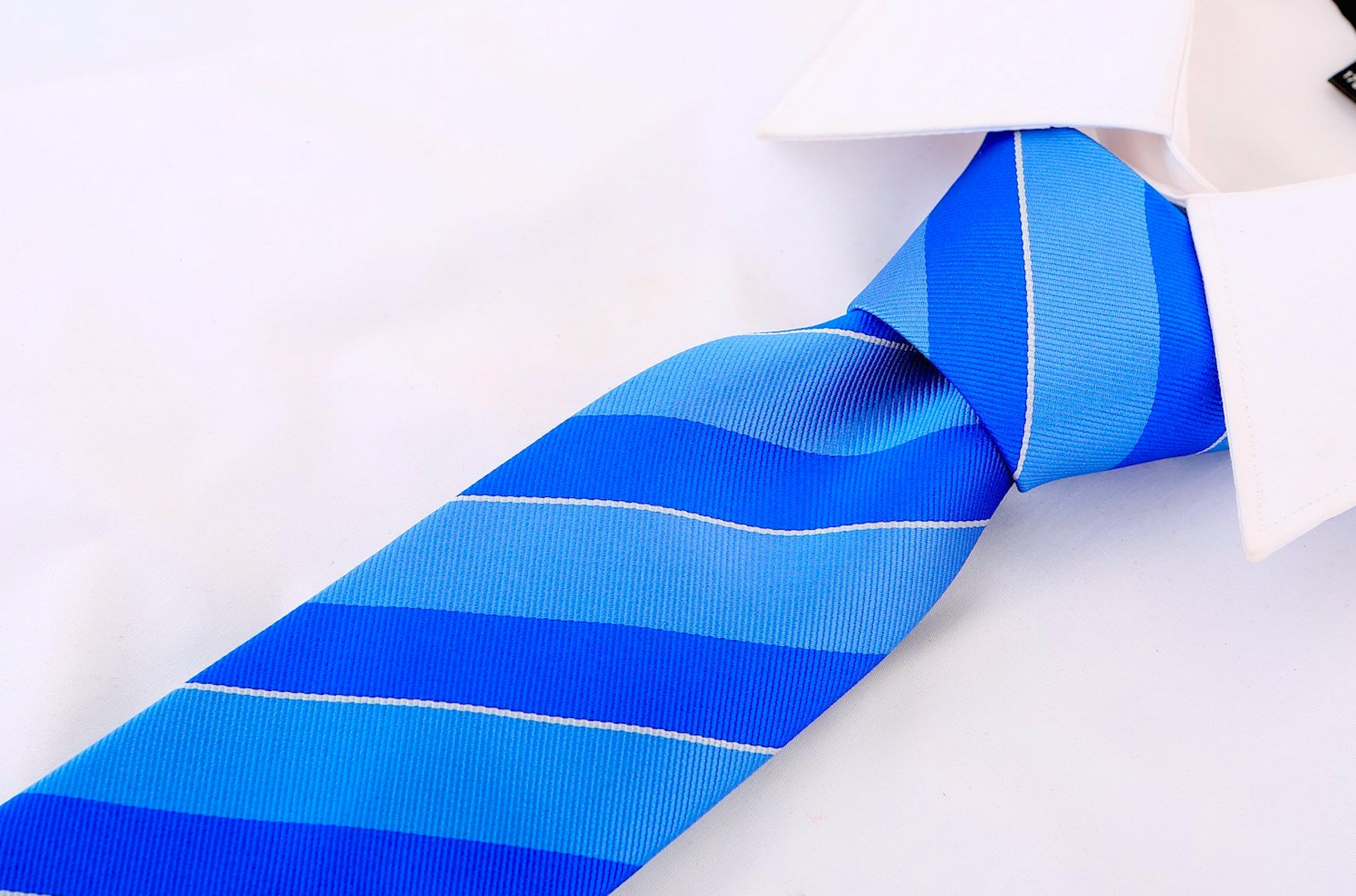 Scott-Allan-Mens-College-Striped-Necktie thumbnail 8