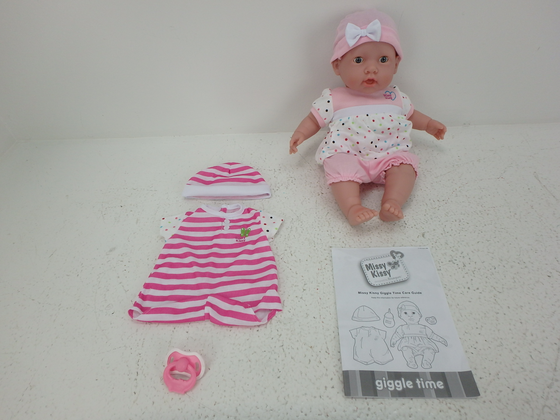 Missy Kissy Giggle Time 15 Moving Interactive Body Doll Jc Toys
