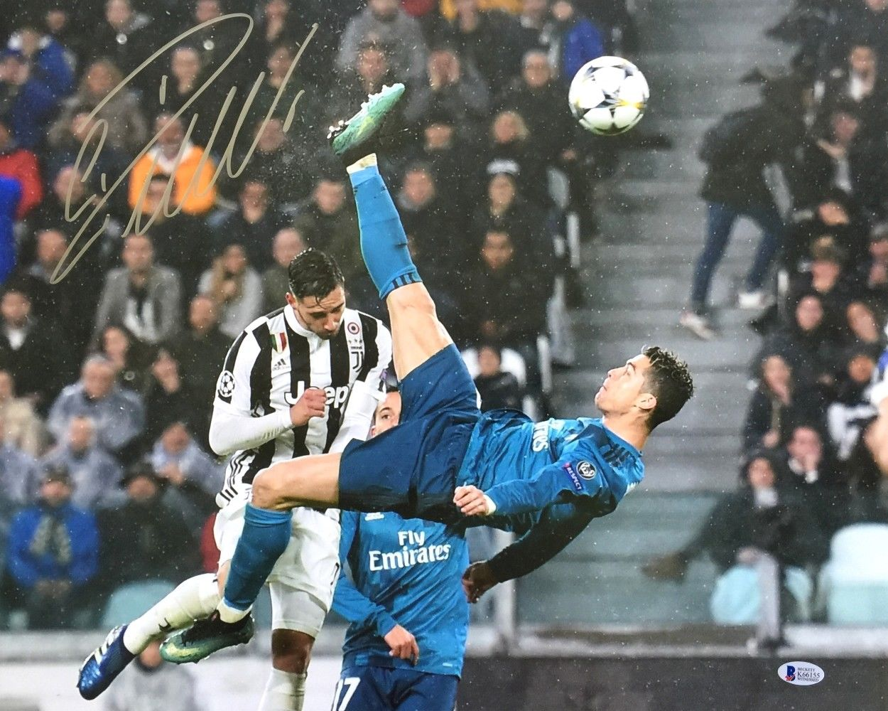 e3e8050ac92 Cristiano Ronaldo Portugal Autographed Signed 16x20 Photo Beckett ...