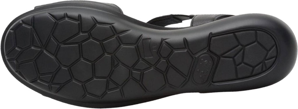Women's Camper Balloon T Strap Sandal, Black Calf Full Grain Leather, large, image 5