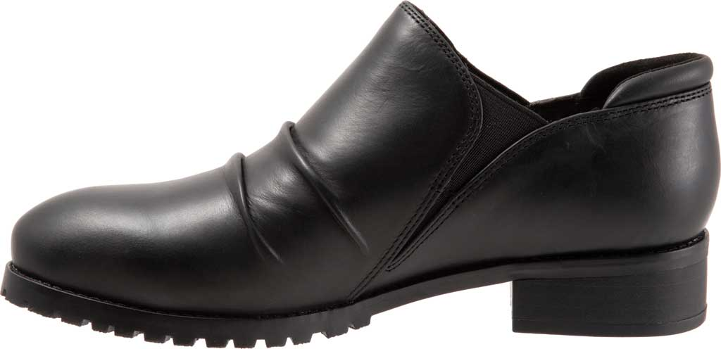 Women's SoftWalk Mara Ankle Bootie, , large, image 3