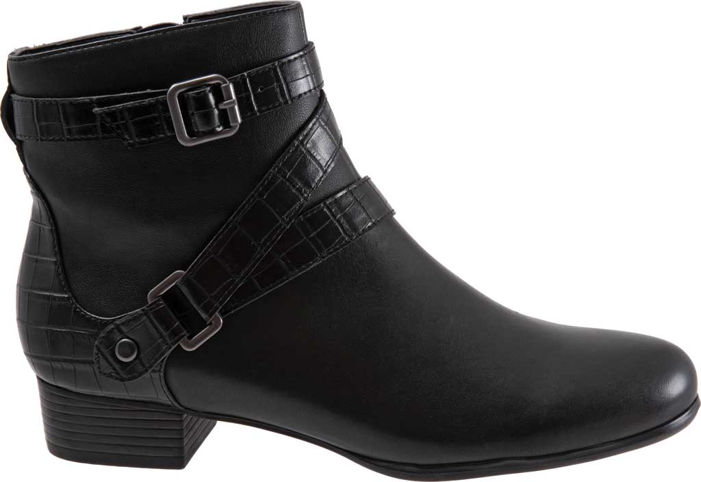Women's Trotters Mika Ankle Bootie, , large, image 2
