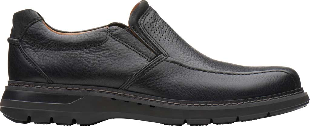 Men's Clarks Un Ramble Step Loafer, Black Tumbled Leather, large, image 2