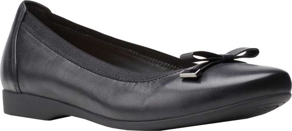 Women's Clarks Un Darcey Bow Ballet Flat, Black Full Grain Leather, large, image 1
