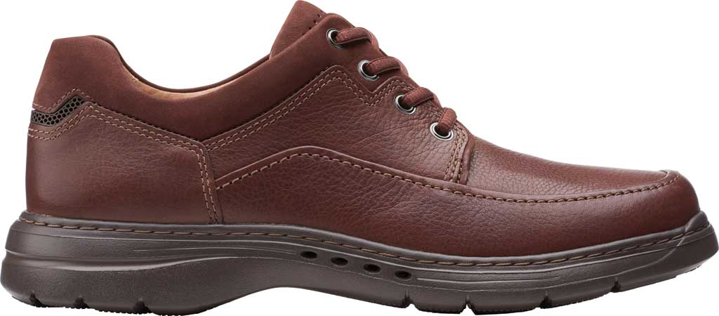 Men's Clarks Un Brawley Lace Oxford, Mahogany Tumbled Leather, large, image 2