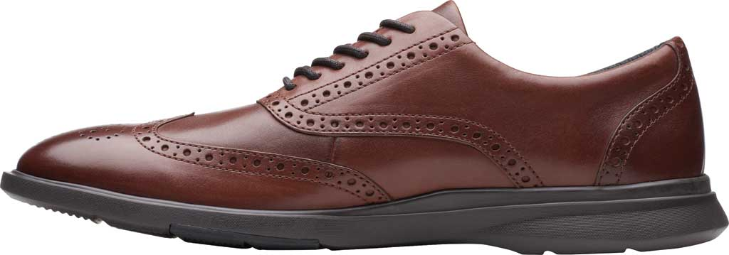 Men's Clarks Un Lipari Ave Wing Tip Oxford, Mahogany Full Grain Leather, large, image 3