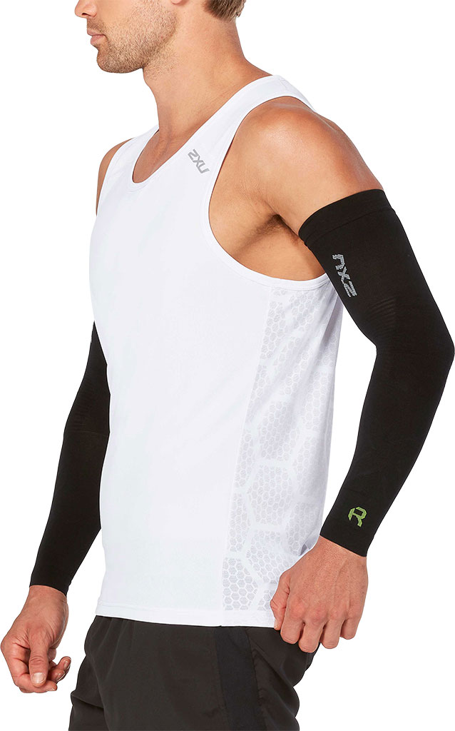 2XU Recovery Flex Arm Sleeve, Black/Nero, large, image 2