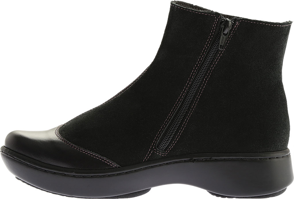 Women's Naot Oyster, Midnight Black Leather/Black Suede, large, image 3