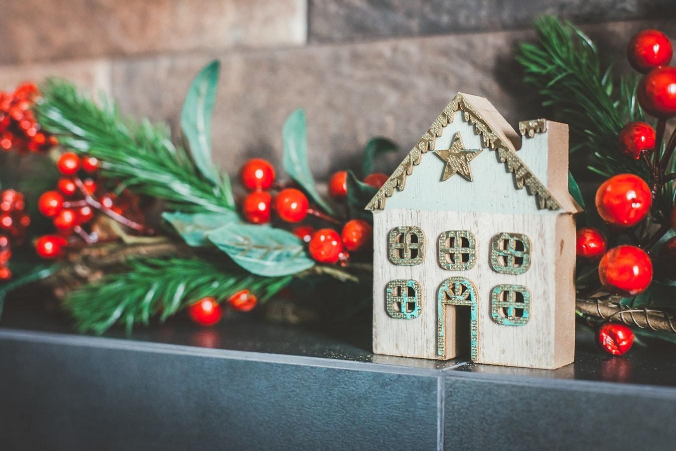Christmas gifts, home decor, winter season