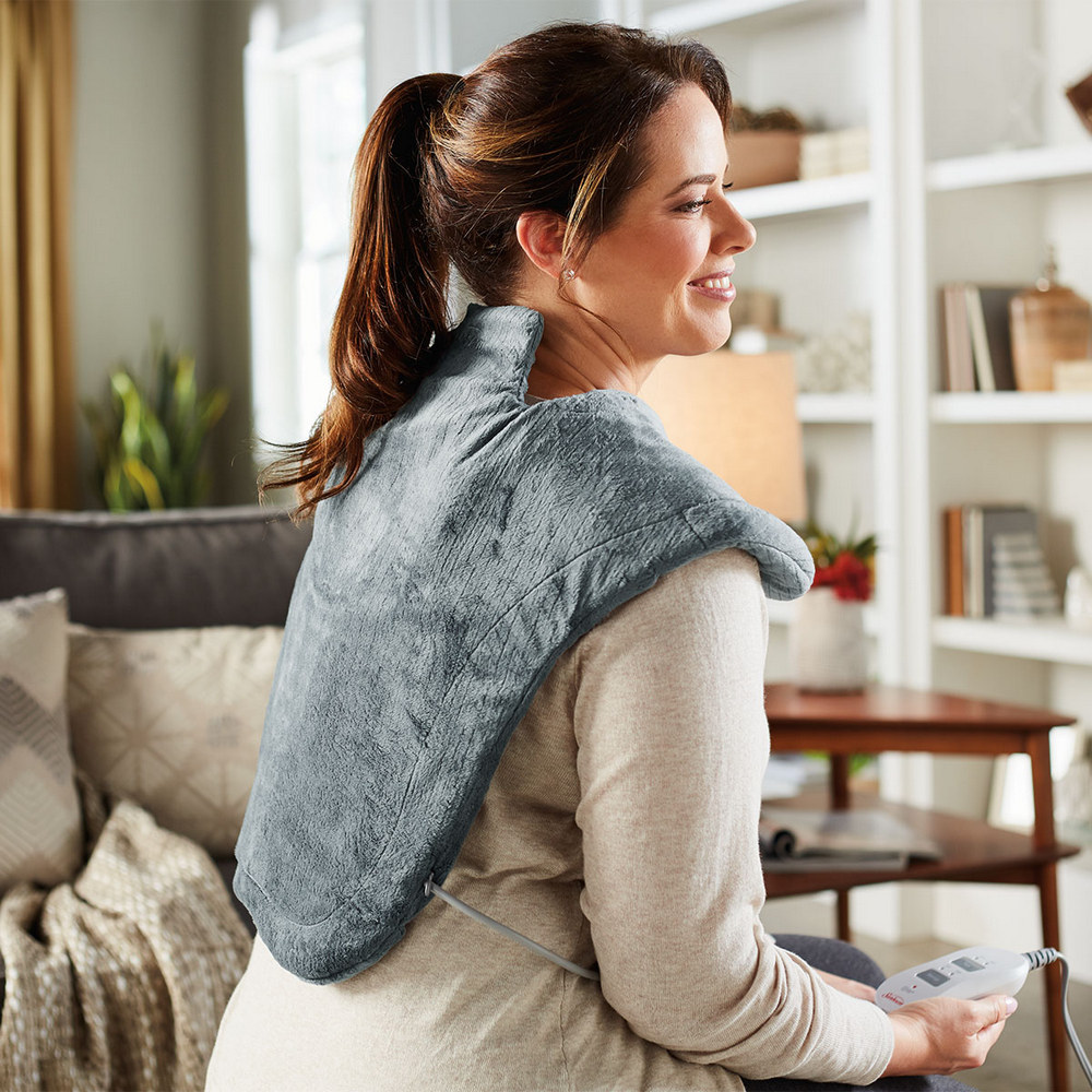 Massaging Heat Therapy Neck & Shoulder Wrap