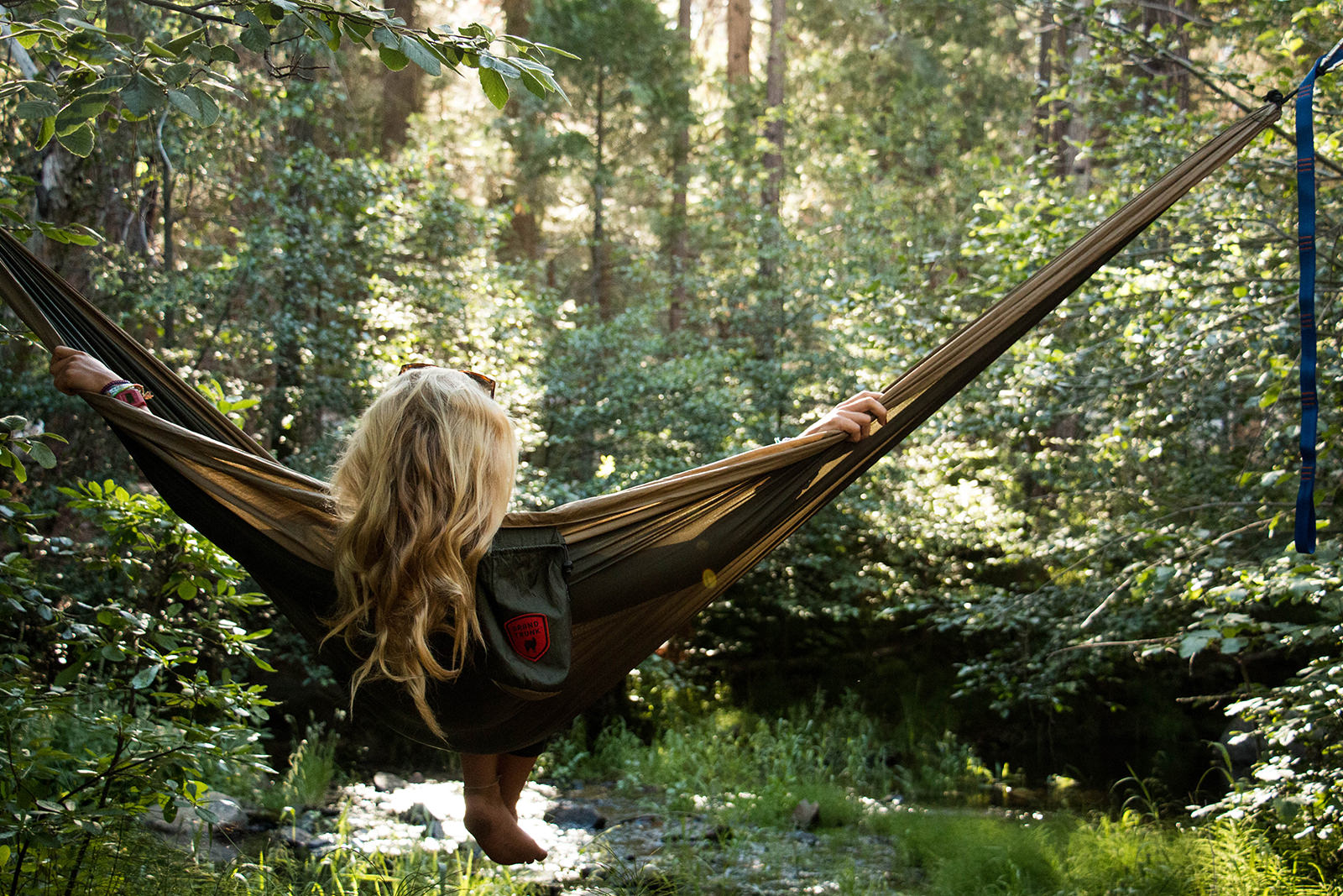 grand trunk double parachute nylon hammock outdoor camping  grand trunk double parachute nylon hammock outdoor camping travel      rh   ebay