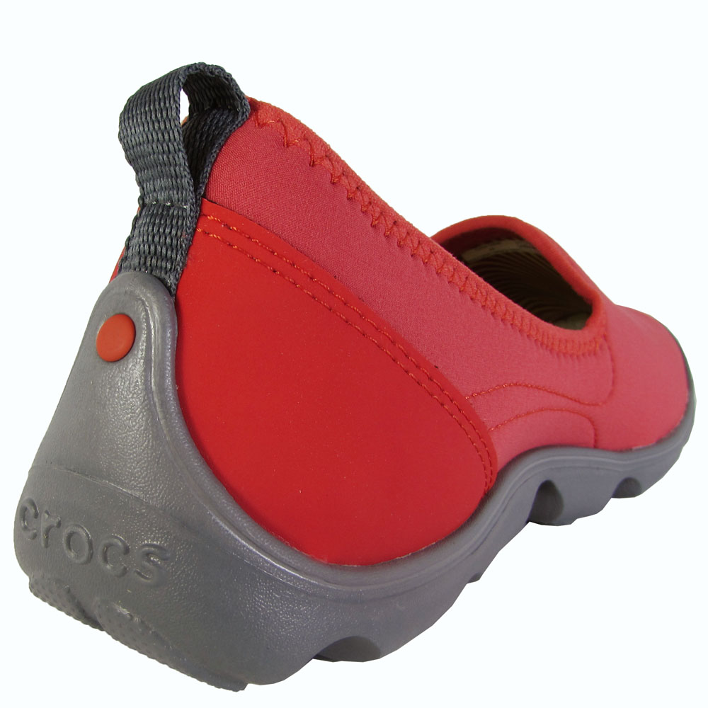 Crocs-Womens-Duet-Busy-Day-Skimmer-Flat-Shoes thumbnail 7