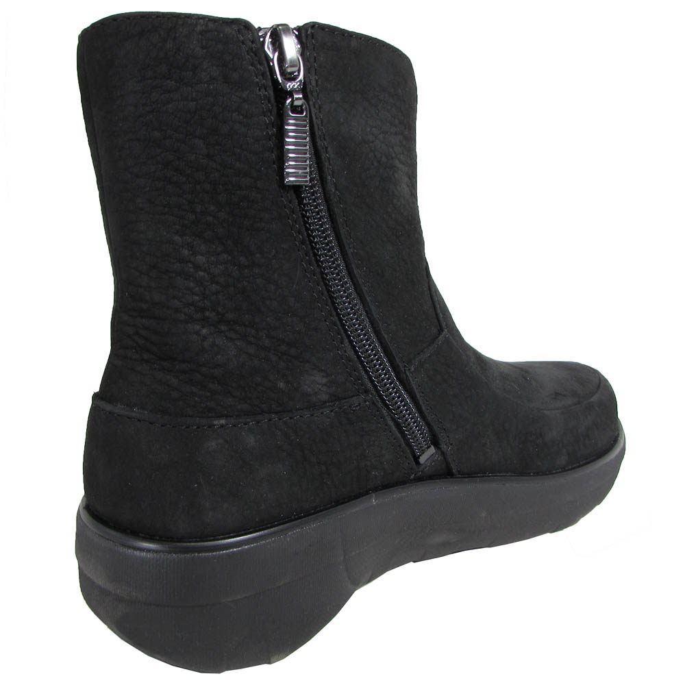 af1d9d24f3 FitFlop Loaff Shorty Zip Boot Black Nubuck Leather Women Size 5. About this  product. Picture 1 of 4  Picture 2 of 4  Picture 3 of 4  Picture 4 of 4