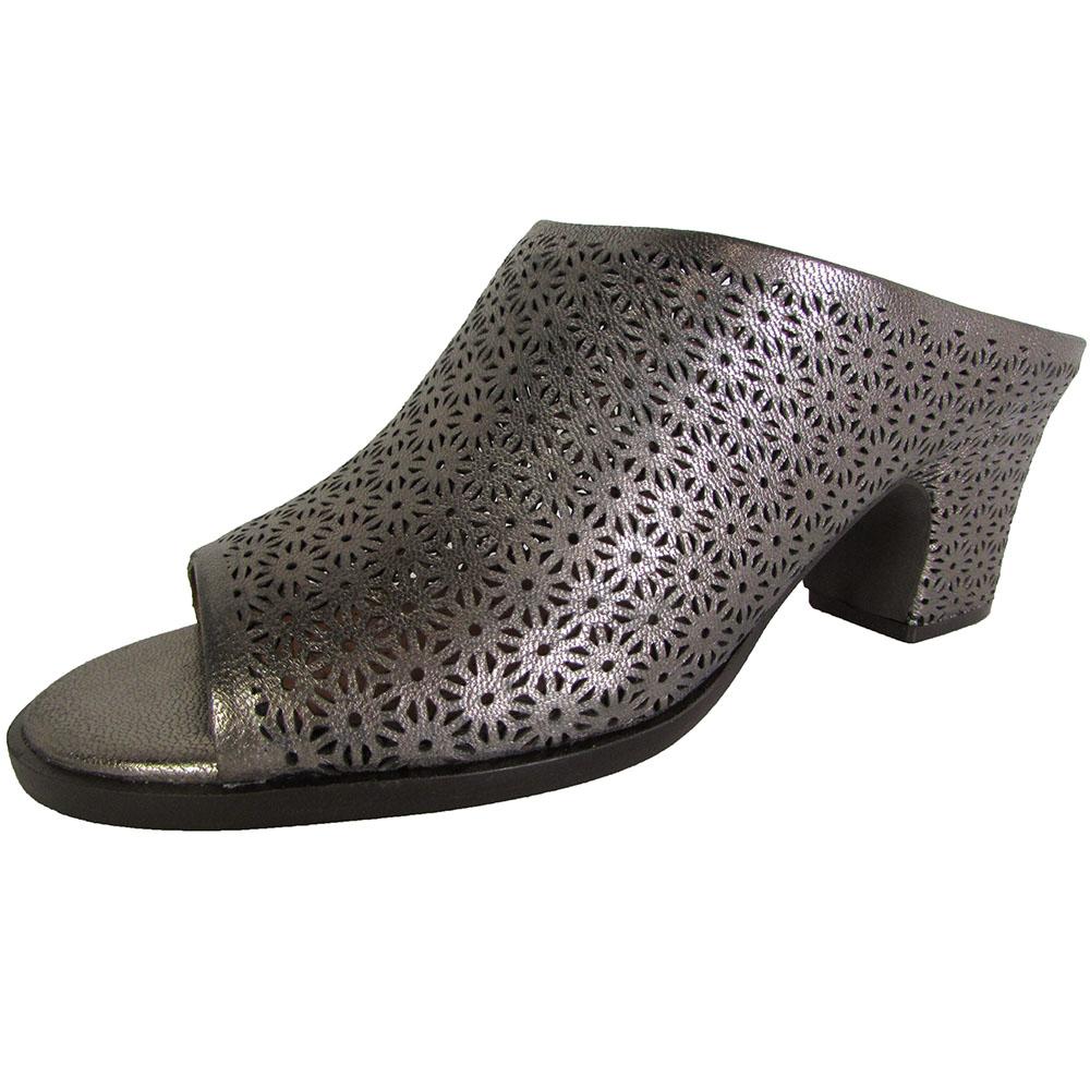 Style & Co. Cathiee Women's Heels White Size 8 M