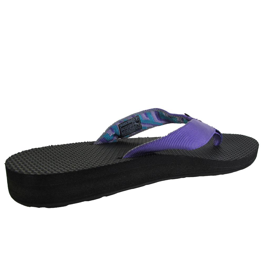 4dde705921b36 Teva Womens Classic Flip Toe Post Slide Sandals
