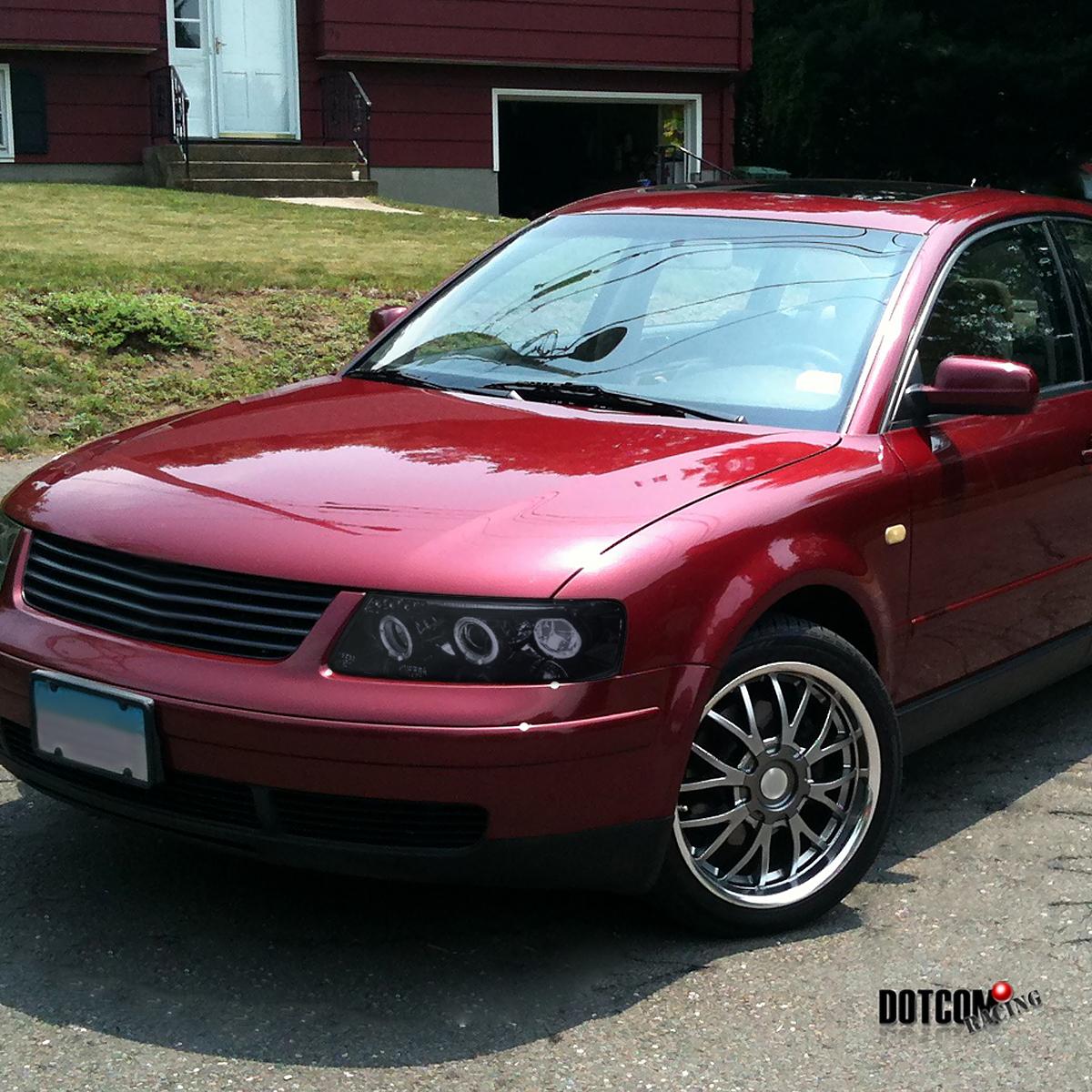 Black Smoke Fit 1997-2000 VW Passat B5 LED Halo Projector Headlights Pair