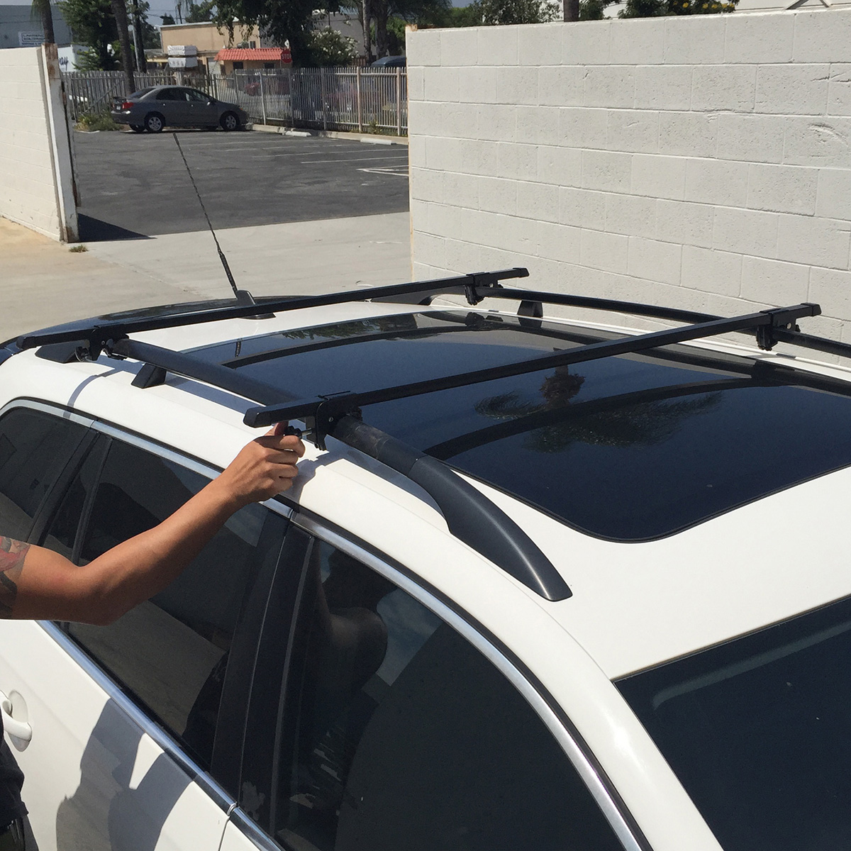 Universal 2 Crossbar Roof Rack Cross Bars Rails Car Wagon