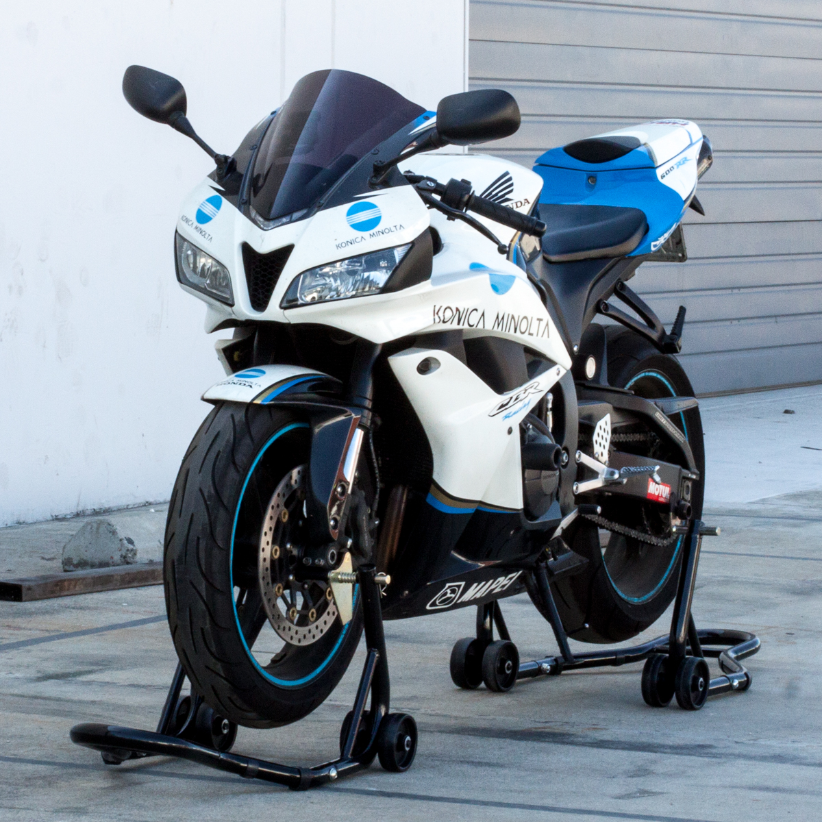 Front And Rear Wheel Lift Motorcycle Stand Swingarm